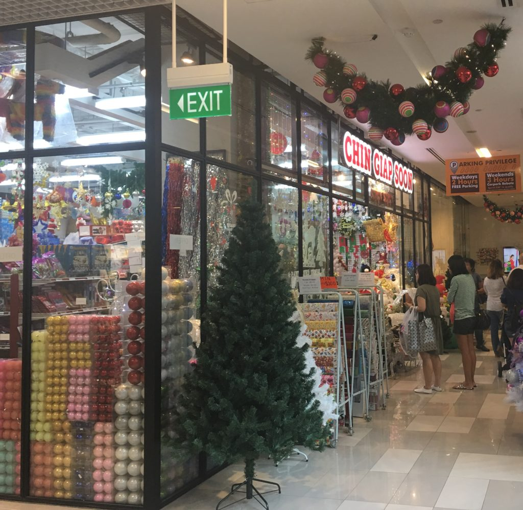 Christmas Decorations Store In Singapore: Where To Get Christmas Trees, Ornaments, & Decorations In